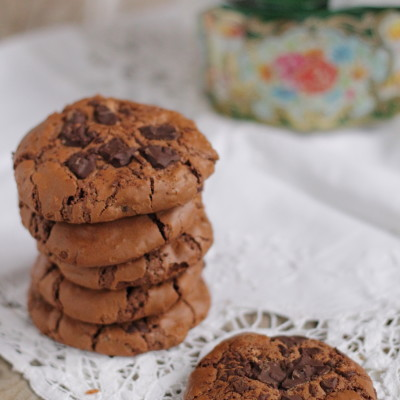 100% chocolate cookies
